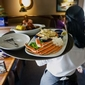 Tips Don't Add Up for Most Waiters and Waitresses (The Wall Street Journal)